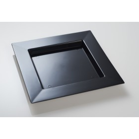 Disposable black plastic dish 25x25
