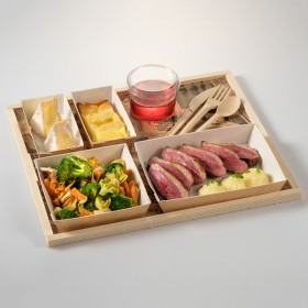 Take away wooden tray 350x300x10 mm